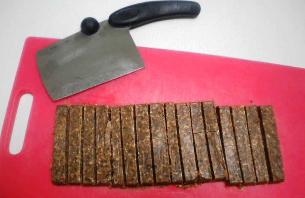 16 peanut bars