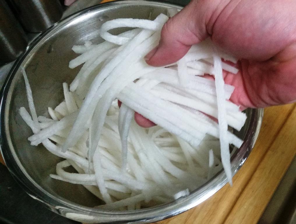 Daikon Noodles Bowl